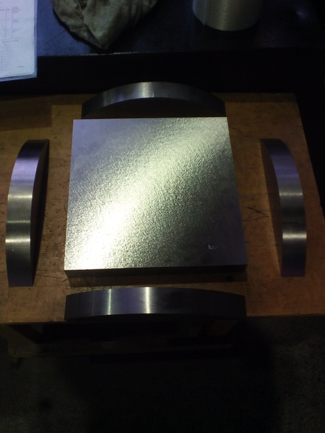 Titanium sawing / cutting